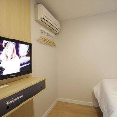 Отель Sleepy Panda Stream Walk Южная Корея, Сеул - отзывы, цены и фото номеров - забронировать отель Sleepy Panda Stream Walk онлайн сейф в номере