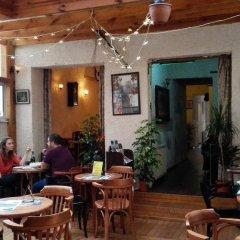 Bristol Hostel Турция, Стамбул - 1 отзыв об отеле, цены и фото номеров - забронировать отель Bristol Hostel онлайн питание фото 2