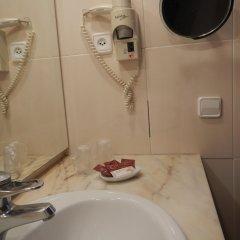 Отель Hostal Vila del Mar Испания, Льорет-де-Мар - 3 отзыва об отеле, цены и фото номеров - забронировать отель Hostal Vila del Mar онлайн ванная фото 2