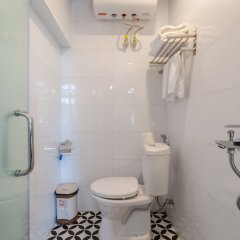 Отель The Poppy Villa & Hotel Вьетнам, Ханой - отзывы, цены и фото номеров - забронировать отель The Poppy Villa & Hotel онлайн ванная фото 2