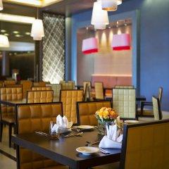 Отель Hili Rayhaan By Rotana ОАЭ, Эль-Айн - отзывы, цены и фото номеров - забронировать отель Hili Rayhaan By Rotana онлайн питание фото 2