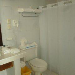 Отель Comfort Inn Palenque Maya Tucán ванная