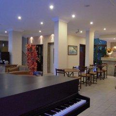 Kleopatra Carina Hotel гостиничный бар