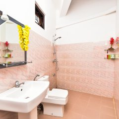 Отель Peacock Hotel Шри-Ланка, Унаватуна - отзывы, цены и фото номеров - забронировать отель Peacock Hotel онлайн ванная