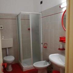 Отель Bellerive Ristorante Albergo Манерба-дель-Гарда ванная фото 2