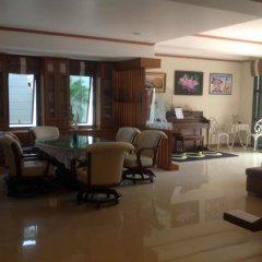 Отель Ruankaew Homestay интерьер отеля