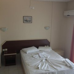 Karadede Hotel Чешме комната для гостей