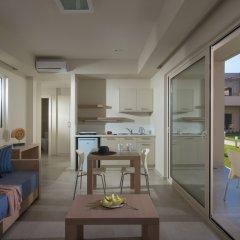 Апартаменты Ourania Apartments комната для гостей фото 4