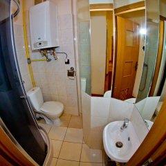 Отель B Movie Guest Rooms ванная