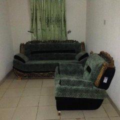 Отель Ekulu Green Guest House Нигерия, Энугу - отзывы, цены и фото номеров - забронировать отель Ekulu Green Guest House онлайн интерьер отеля фото 2