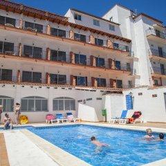 Hotel Comarruga Platja бассейн фото 2