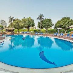 Отель Holiday International Sharjah ОАЭ, Шарджа - 5 отзывов об отеле, цены и фото номеров - забронировать отель Holiday International Sharjah онлайн бассейн