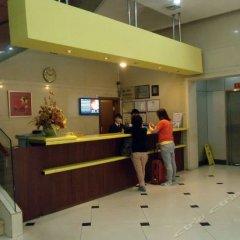 Отель Home Inn Guangzhou Xiaoxiguan Китай, Гуанчжоу - отзывы, цены и фото номеров - забронировать отель Home Inn Guangzhou Xiaoxiguan онлайн интерьер отеля фото 3