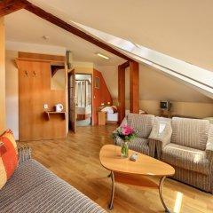 Отель Golden City комната для гостей фото 6