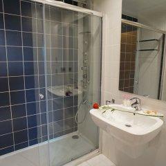Отель Apt. Fira Gran Via - Barcelona4Seasons ванная фото 2