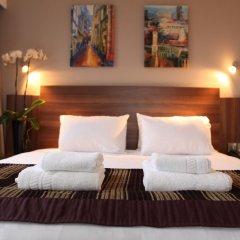 Отель Jurys Inn Edinburgh Великобритания, Эдинбург - 2 отзыва об отеле, цены и фото номеров - забронировать отель Jurys Inn Edinburgh онлайн комната для гостей фото 4