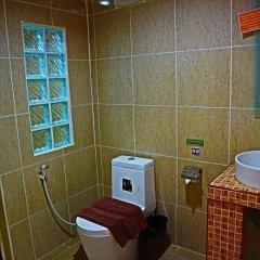 Отель Kamala Tropical Garden ванная фото 2