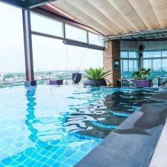 Отель Park Village Serviced Suites Бангкок бассейн