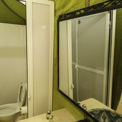 Отель Azawad luxury Desert Camp Марокко, Мерзуга - отзывы, цены и фото номеров - забронировать отель Azawad luxury Desert Camp онлайн ванная