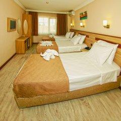 Gold Hotel комната для гостей