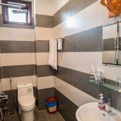 Отель Minh An Riverside Villa ванная