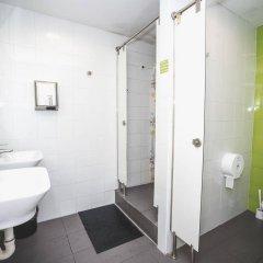 Hostel One Ramblas ванная фото 2