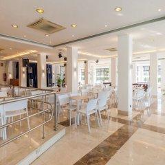 Отель Blue Sea Montevista Hawai Испания, Льорет-де-Мар - 3 отзыва об отеле, цены и фото номеров - забронировать отель Blue Sea Montevista Hawai онлайн гостиничный бар