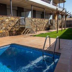 Отель Agi Torre Quimeta Испания, Курорт Росес - отзывы, цены и фото номеров - забронировать отель Agi Torre Quimeta онлайн бассейн фото 2