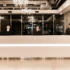 Отель Ramada Hotel and Suites Seoul Namdaemun Южная Корея, Сеул - 1 отзыв об отеле, цены и фото номеров - забронировать отель Ramada Hotel and Suites Seoul Namdaemun онлайн интерьер отеля фото 3