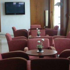 NH Jardines Del Turia Hotel интерьер отеля