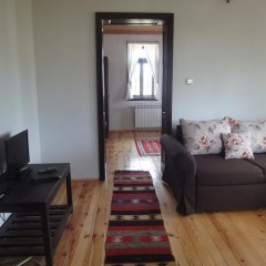 Отель Mutafova Guest House Шумен комната для гостей