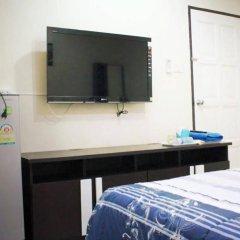 Отель Rompon Guesthouse Патонг удобства в номере фото 2