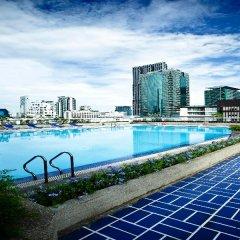 Отель Trinity Silom Hotel Таиланд, Бангкок - 2 отзыва об отеле, цены и фото номеров - забронировать отель Trinity Silom Hotel онлайн бассейн фото 3