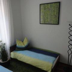 Отель Flatprovider - Comfort Gauss Apartment Австрия, Вена - отзывы, цены и фото номеров - забронировать отель Flatprovider - Comfort Gauss Apartment онлайн комната для гостей фото 4