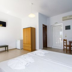 Mediterranean Hotel Apartments & Studios комната для гостей фото 10