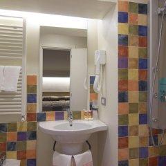 Отель Villa Lalla Италия, Римини - 3 отзыва об отеле, цены и фото номеров - забронировать отель Villa Lalla онлайн ванная фото 2