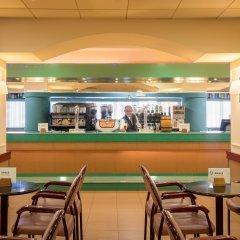 Отель H·TOP Royal Star & SPA гостиничный бар