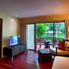 Отель Novotel Phuket Surin Beach Resort 4* Стандартный номер с различными типами кроватей фото 8