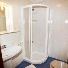 Отель in Isla Playa, Cantabria 103323 by MO Rentals Испания, Арнуэро - отзывы, цены и фото номеров - забронировать отель in Isla Playa, Cantabria 103323 by MO Rentals онлайн ванная