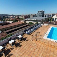 Отель Sunotel Aston Испания, Барселона - 5 отзывов об отеле, цены и фото номеров - забронировать отель Sunotel Aston онлайн бассейн фото 3