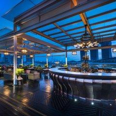 The Fullerton Bay Hotel Singapore гостиничный бар