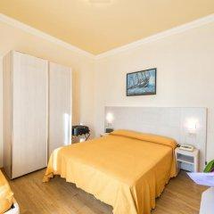 Hotel Corinna Римини комната для гостей