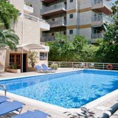 Отель Stefanakis Hotel & Apartments Греция, Вари-Вула-Вулиагмени - отзывы, цены и фото номеров - забронировать отель Stefanakis Hotel & Apartments онлайн бассейн фото 2