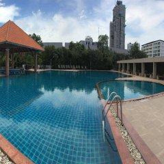 Отель The Leela Resort & Spa Pattaya Таиланд, Паттайя - отзывы, цены и фото номеров - забронировать отель The Leela Resort & Spa Pattaya онлайн бассейн
