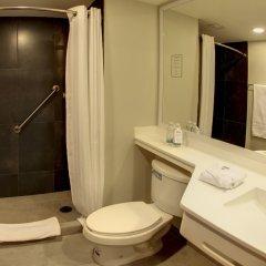 Отель City Express Plus Patio Universidad ванная фото 2