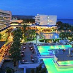 Отель Blue Sea Beach Resort - All Inclusive бассейн