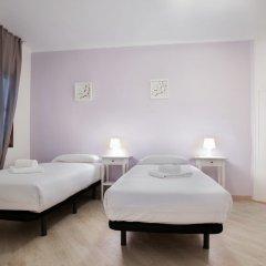Отель Bbarcelona Encants Family Flat Барселона комната для гостей фото 4