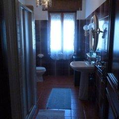 Отель B&B La Dahlia Кастельсардо ванная