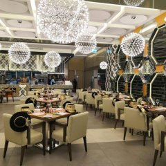 Royal M Hotel & Resort Abu Dhabi питание фото 3