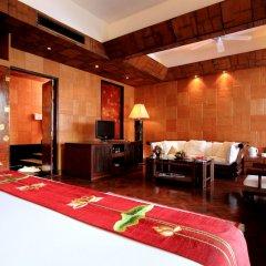 Отель Mom Tri's Villa Royale